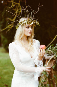 Styled_By_Amber_Luxe_Bohemian_Wedding_Inspiration_Shoot_bride_headpiece